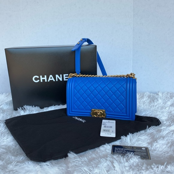 CHANEL Handbags - Chanel boy quilted flap bag